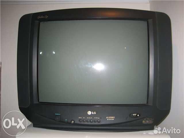 Телевизор LG CF-21D33E 54см. с