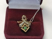 Золотое кольцо с изумрудом и бриллиантами 585