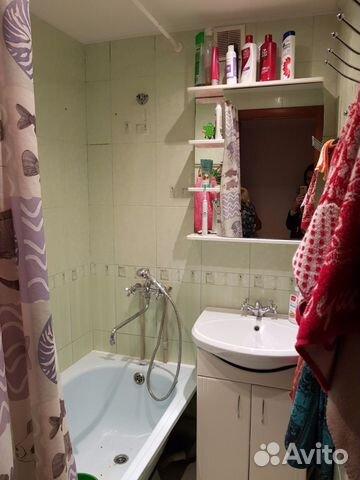 Продается трехкомнатная квартира за 2 000 000 рублей. Суворова 13.