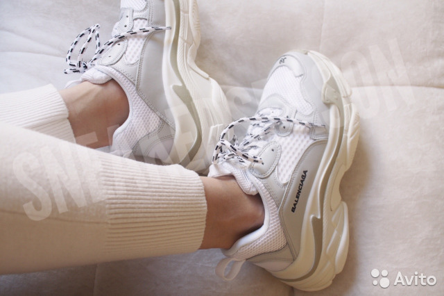 9721f35e472d Кроссовки Balenciaga Triple S White (все цвета) купить в Санкт ...