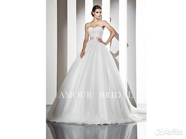 31fd4d48242 Шикарное свадебное платье со шлейфом Amour Bridal купить в Москве на ...