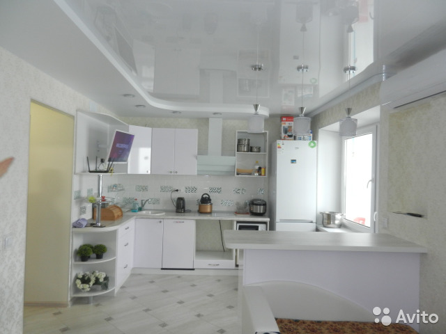 Продается двухкомнатная квартира за 2 799 000 рублей. г Киров, ул Ленина, д 190 к 5.