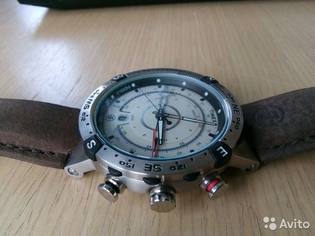 Компасом продам часы с швейцарские часы ломбарды