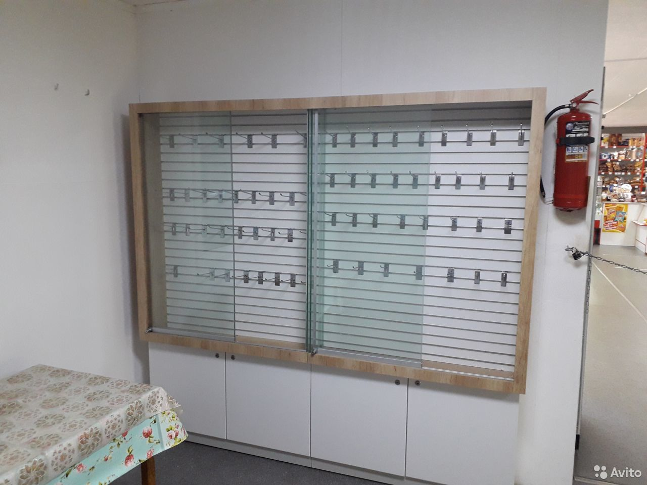 Продам торговые витрины с подсветкой  89143147767 купить 3