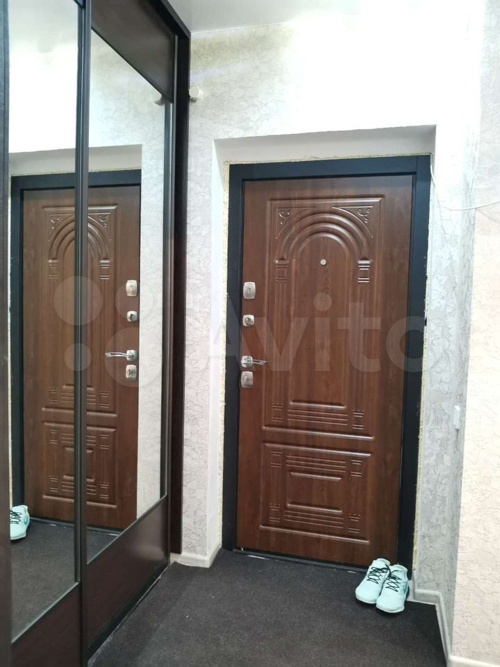 3-room apartment, 82 m2, 1/9 et.  89113592534 buy 9