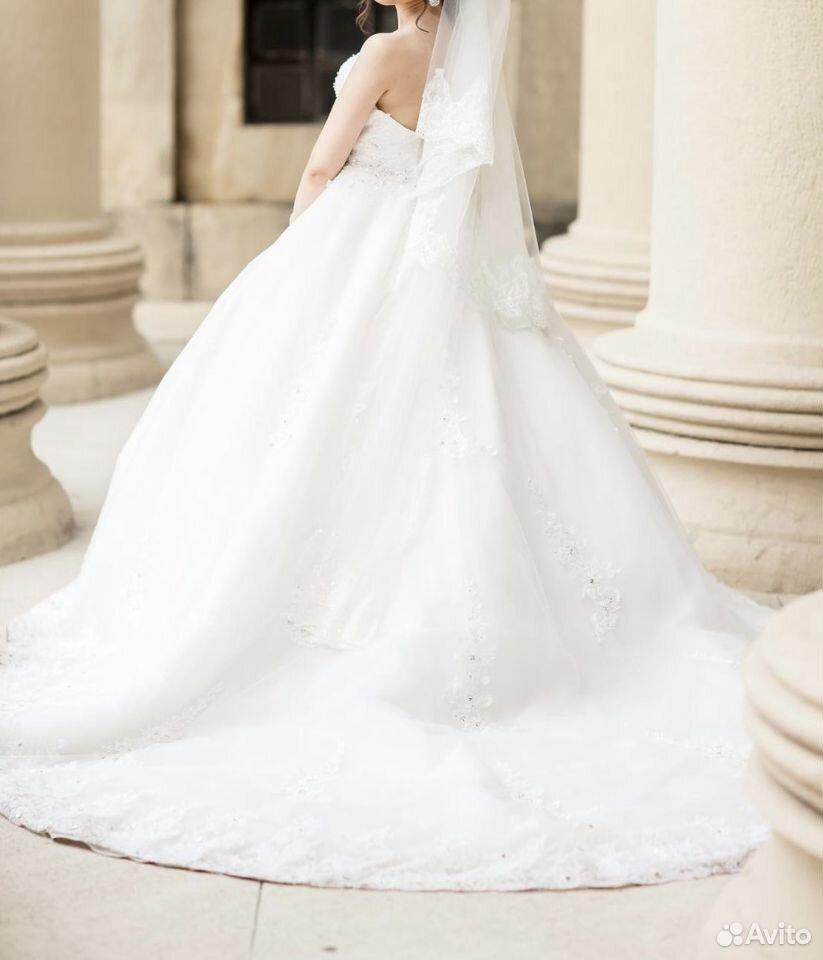 Свадебные платья 42-44 размера  89624337775 купить 3