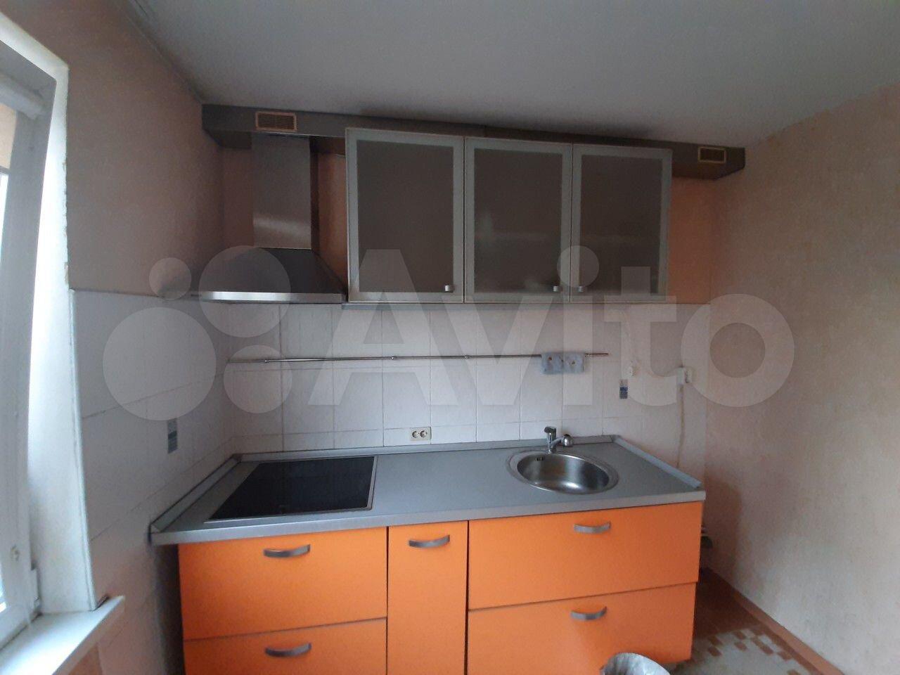 1-room apartment, 32 m2, 9/9 FL.  89587543926 buy 2