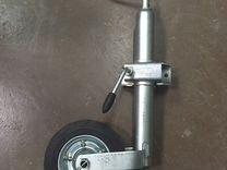 Опорное колесо прицепа в сборе с хомутом D48
